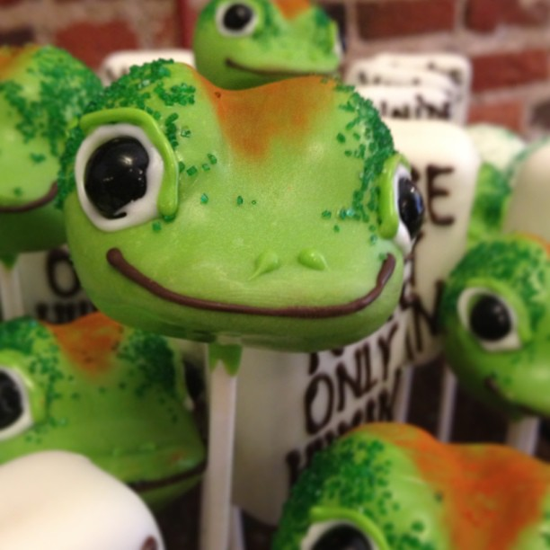 Gecko Cake pop